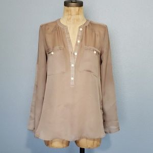 LOFT petite sheer relaxed fit classy  top/blouse